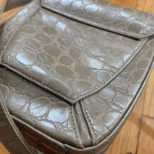 Vintage Bags - Vintage Saddle River Structured Crossbody bag